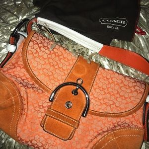 orange coach shoulder bag
